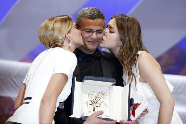 Cannes-La-vie-d-Adele-remporte-la-Palme-d-or_reference