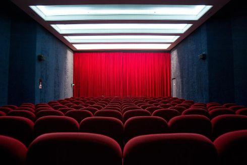 une-salle-de-cinema-a-paris_1369173